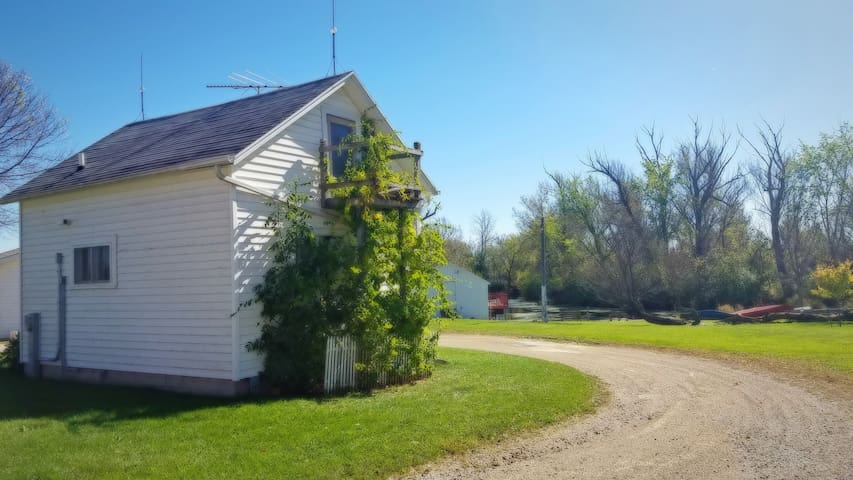 Private, Guided Fishing Tour & Comfy Farm Cabin