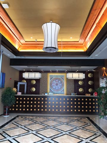 康定色格迪米茶文化主题精品藏式酒店