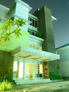 cheap hotel surrounded by rice paddies view - Denpasar Utara - Boutique-hotel