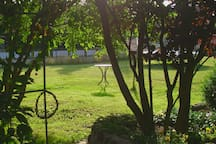 Ein Garten zum spielen, toben und sonnen! :-)