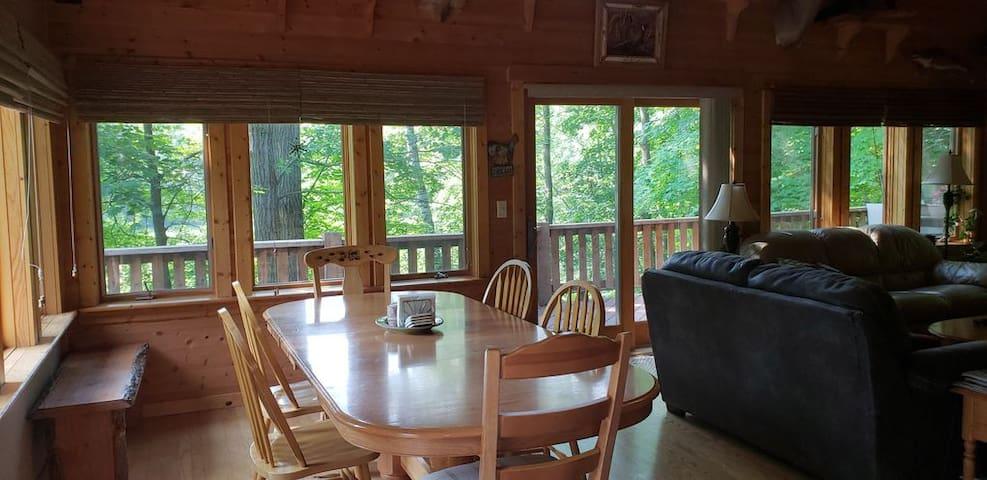 Private Northwoods Cabin Getaway!