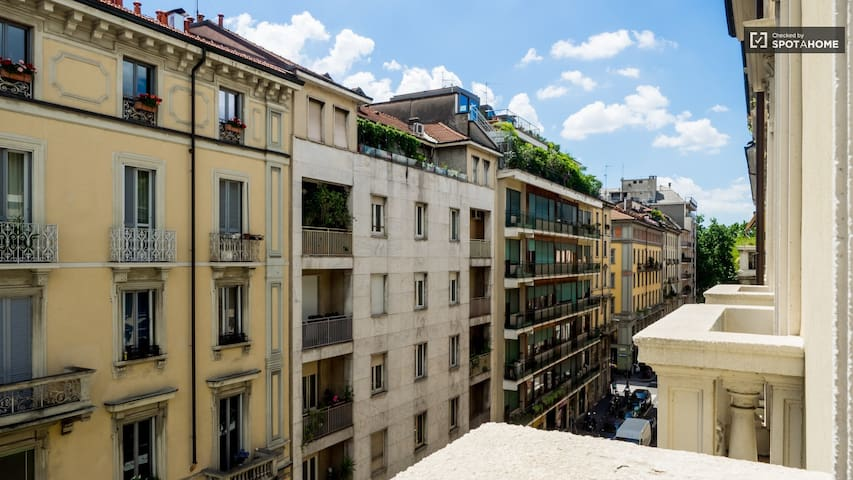 High Vibe Life - Milano