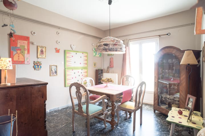 cozy and colorful apartment 95 m2 - Ermoupoli - Apartment
