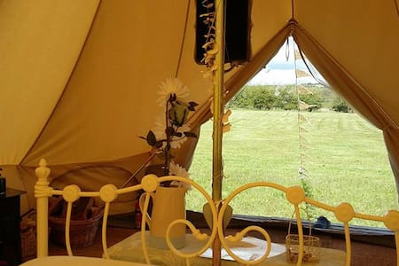 Luxury Glamping - Mad Hatter - Oxford - Barraca