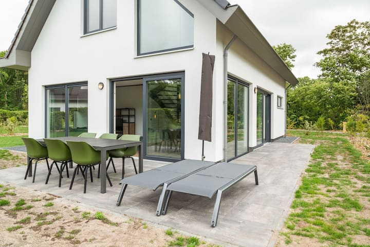 Luxurious Holiday Home in Texel with Terrace