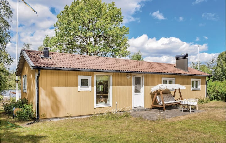 Stunning home in Nässjö with Sauna and 3 Bedrooms