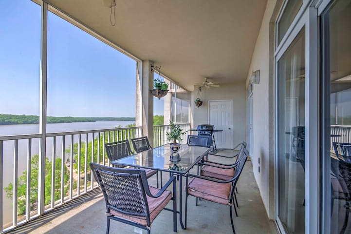 New! Lakefront 3BR Osage Beach Condo w/Porch!