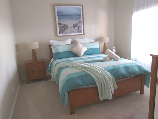 Relax in Comfort in beautiful Portarlington.