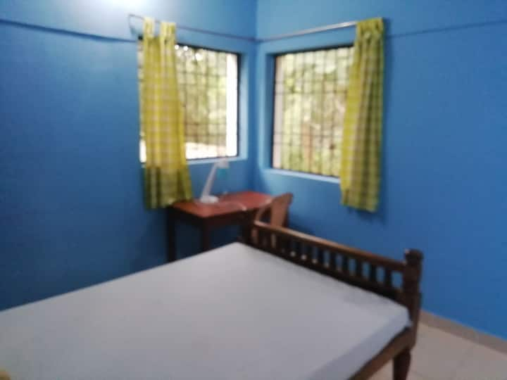 Tranquil, serene stay for solo travellers (Purity)