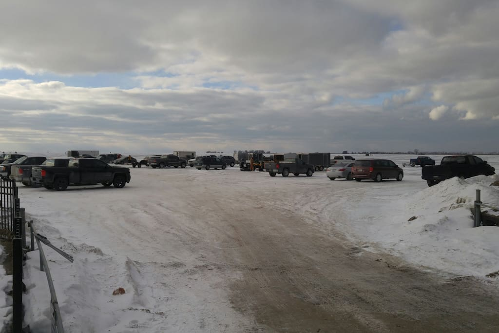 Lake St-Clair winter parking lot