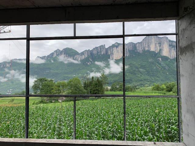 101恩施大峡谷沐抚古镇农村院子干净整洁安静舒适全景大阳台鸟瞰全景