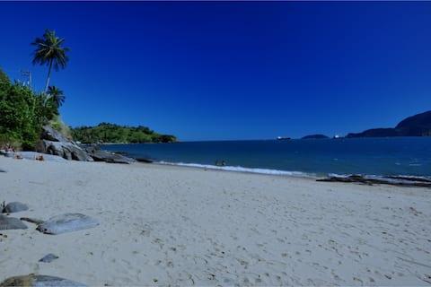 Casa Frente ao Mar na Praia do Oscar