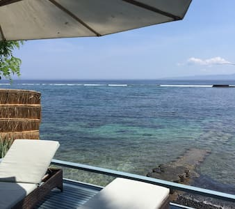 """PISANG"" Private beach Deck - (ukendt)"
