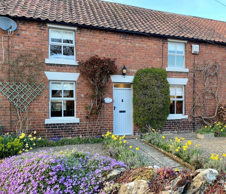 Jasmine Cottage, 19th century village home