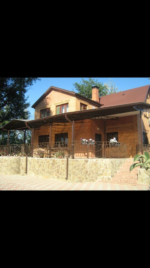 A country house near city centre and Volga river