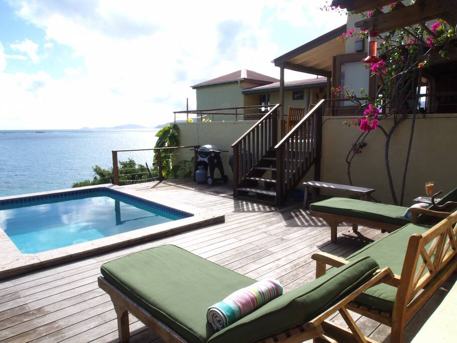Pool deck and loungers to soothe your worries away