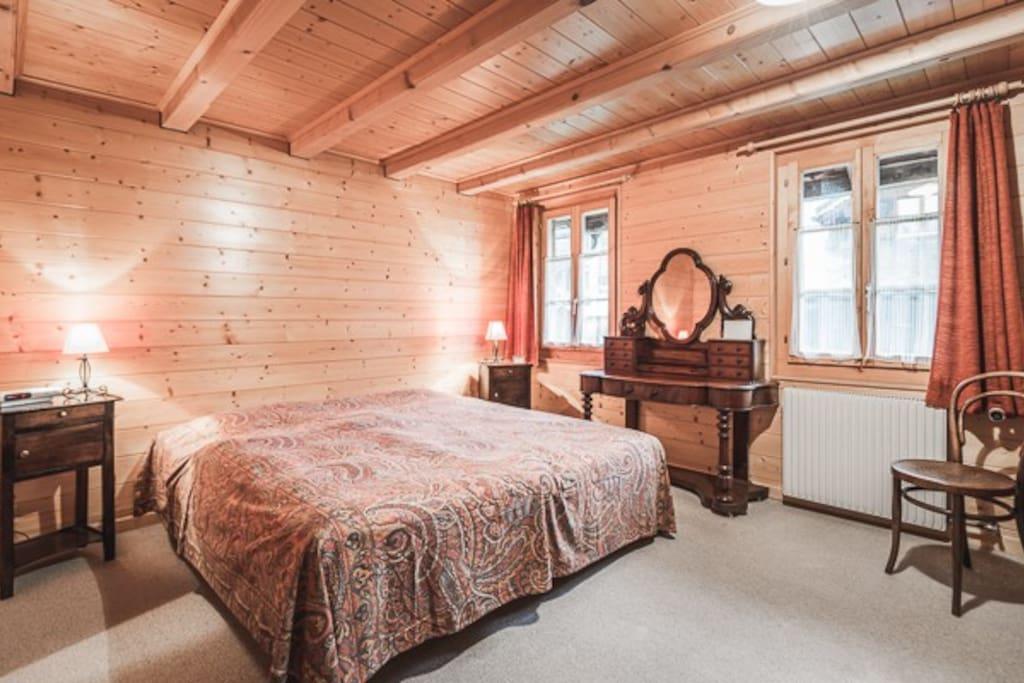 Première chambre à 2 lits 0.90x1.90