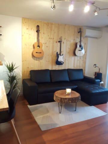 Chambre privée dans un joli appartement 3 pièces
