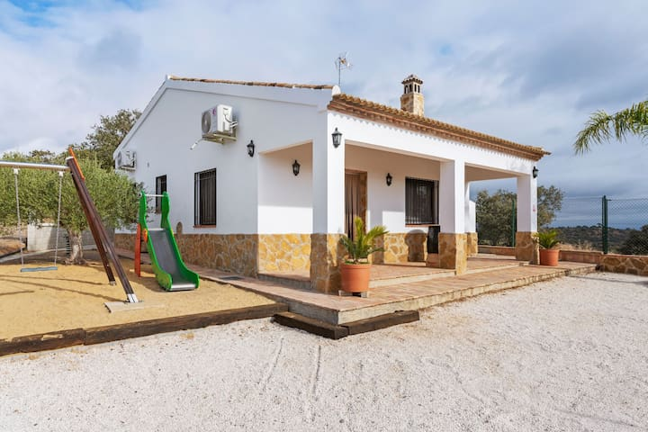 Quaint Holiday Home in Sevilla with Swimming Pool
