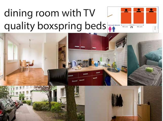 Boxspring beds shared room (3 beds, high quality!) - Berlin