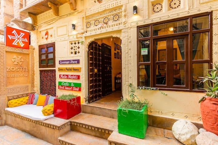Deluxe Private Room in Jaisalmer