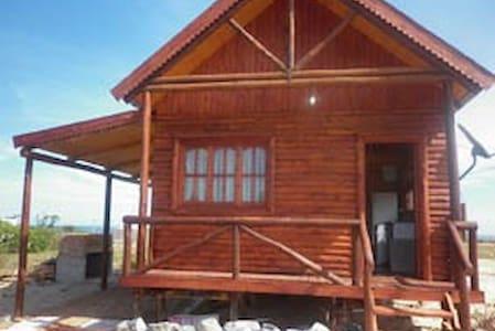 Log Cabin, San Luis, Uruguay, 300 m from the beach - San Luis