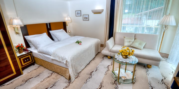 Alpen Zimmer+Marmorbad, Frühstück, Balkon, Pool