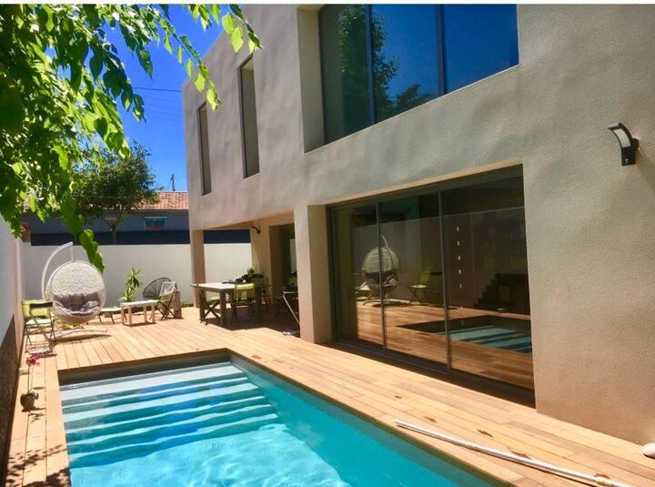 Villa ultra moderne piscine à 300 m de la plage