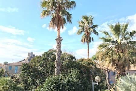 Maison 2 chambres 80 m2 - Entre Toulon et Hyeres - La Garde - House