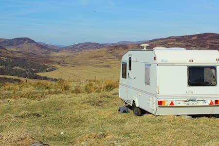 Urlaub auf dem Bauernhof in Schottland - Highland - รถบ้าน/รถ RV