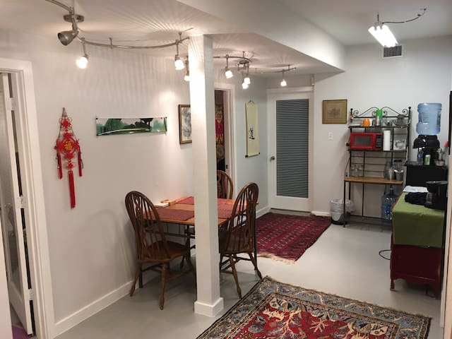 Charming 2BR apartment in Historic Heights - Houston - Apartamento