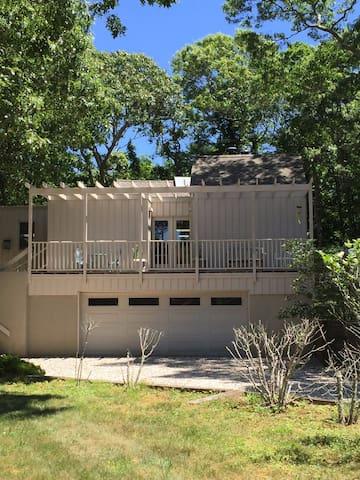 Spacious Amagansett Family Retreat - Amagansett - House