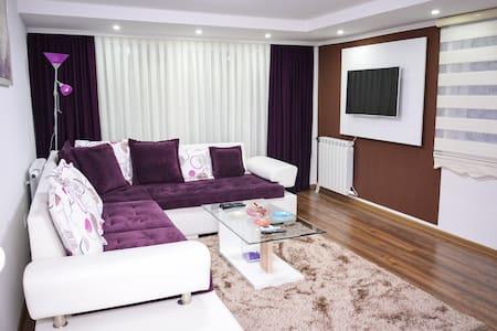 Korzo Apartments - Apartment Bordo #402