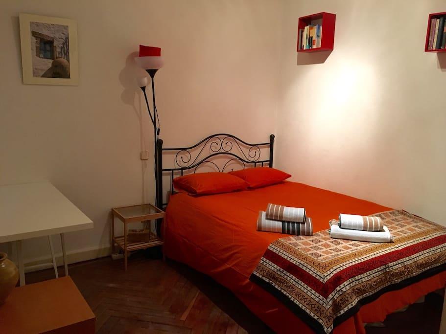 Acogedora y centrica habitaci n en goya departamentos en for Alquiler habitacion plaza espana madrid