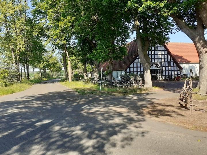 Tinyhaus im Garten der Töpferei stemwede-Sundern