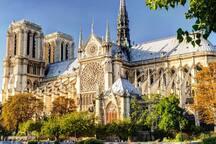 Paris -proche Monmartre-au pied Métro ^_^
