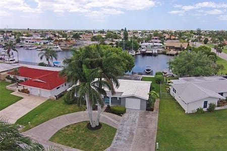 Royal Palm House on Gulf of Mexico, private beach - New Port Richey