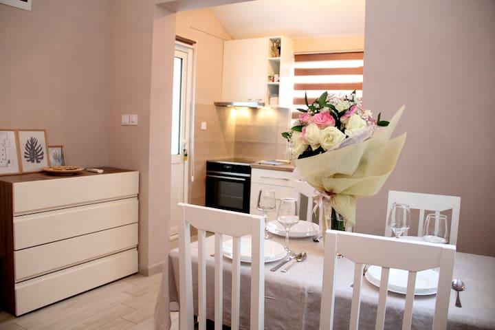 Cozy Apartment Sun