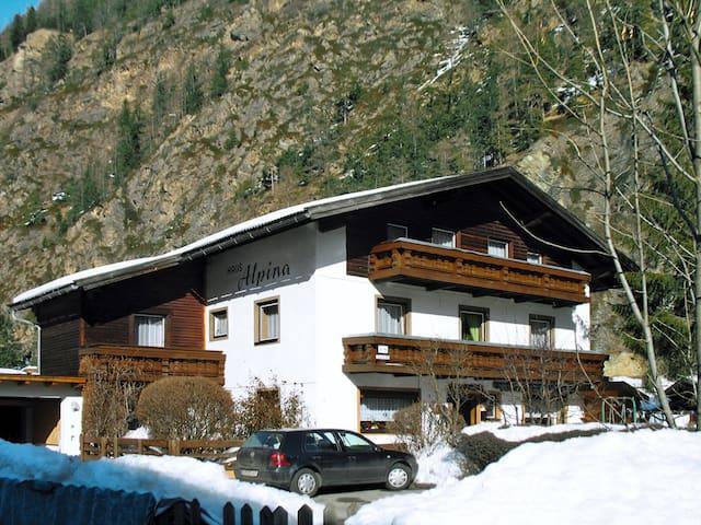 Haus Alpina - Längenfeld - Lägenhet