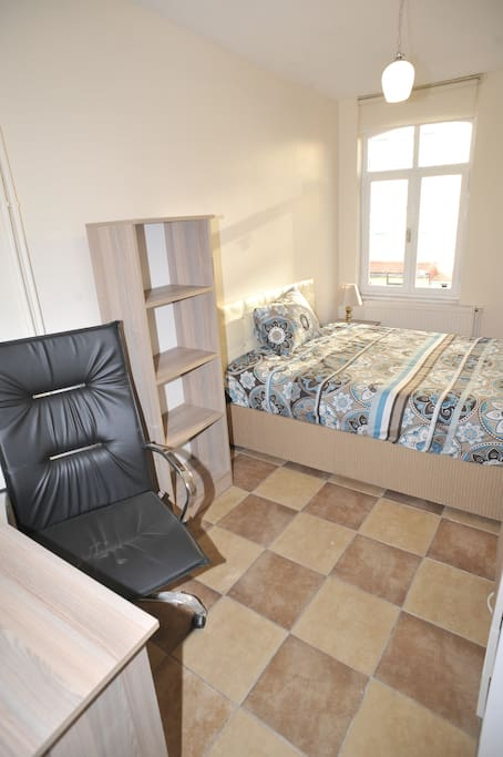 About the Room: Room is approximetally 10 m2 The room has all essential equipments: 1 DOUBLE BED, 1 table, 1 big wardrobe, carpet, curtain, 1 bed side table, 1 big book shelf,  and 1 office chair etc. You can check on the photos.