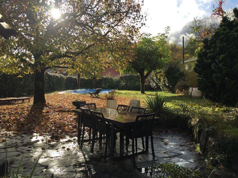 Rez de jardin maison au calme piscine d part rando maisons louer saint ismier auvergne - Grillage jardin maison grenoble ...