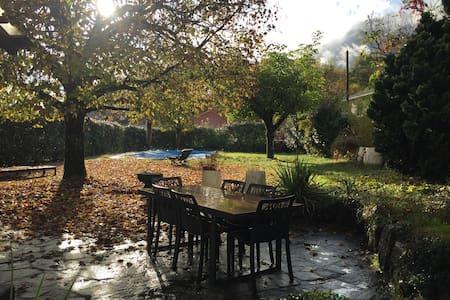 Rez de Jardin maison au calme, Départs Randos - Saint-Ismier