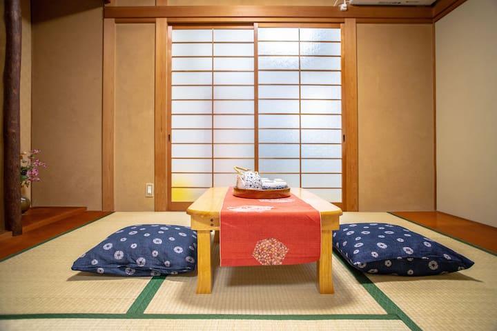 Japanese tea room will definitely bring you a wonderful experience and memories. 和式茶室为您带来美好的体验和回忆