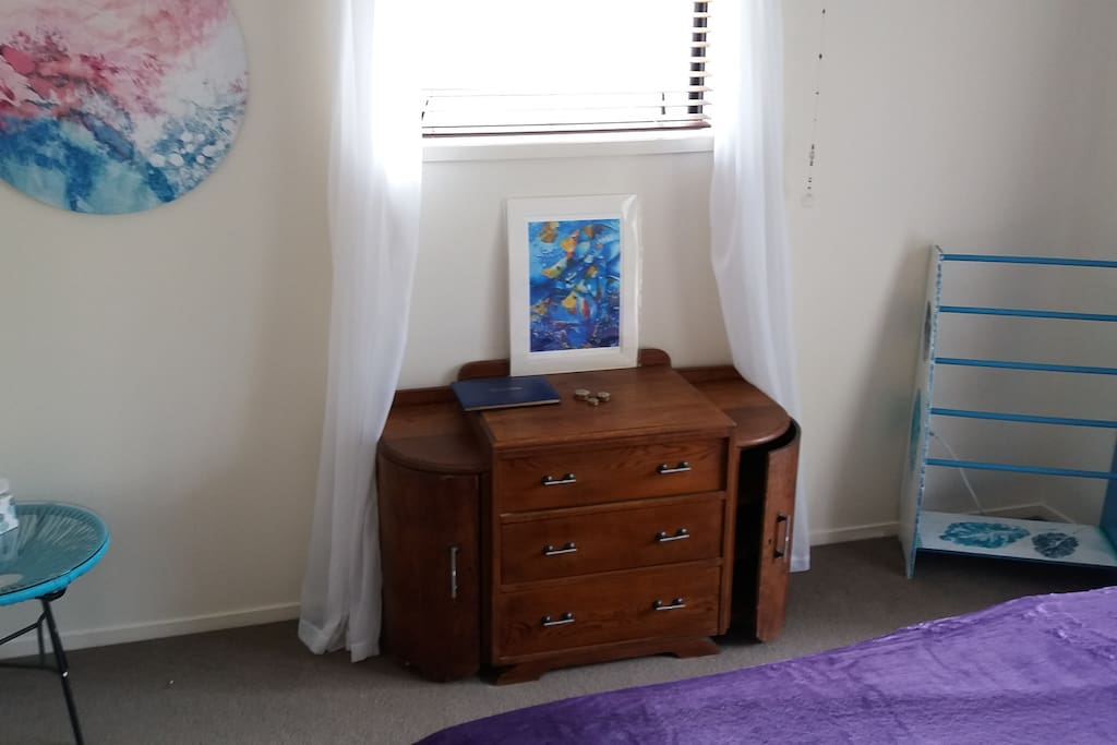 Drawers, wardrobe, shoes and rail rack