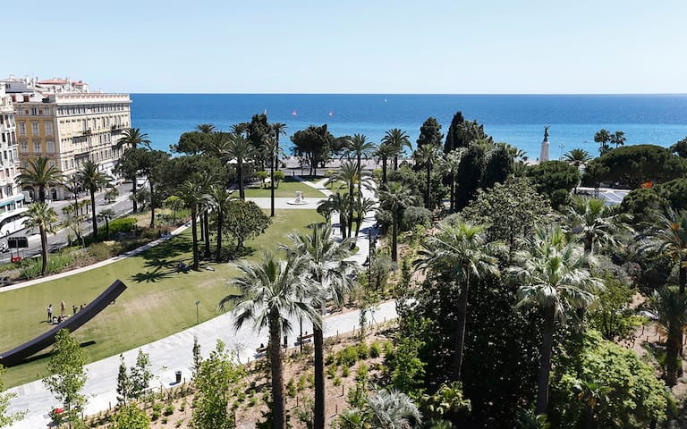 Jardin Albert 1er,Pde Anglais,Place Masséna à 2 mn