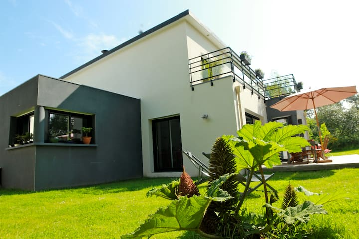 maison 12 pers proche mer finistere crozon - Landévennec - House