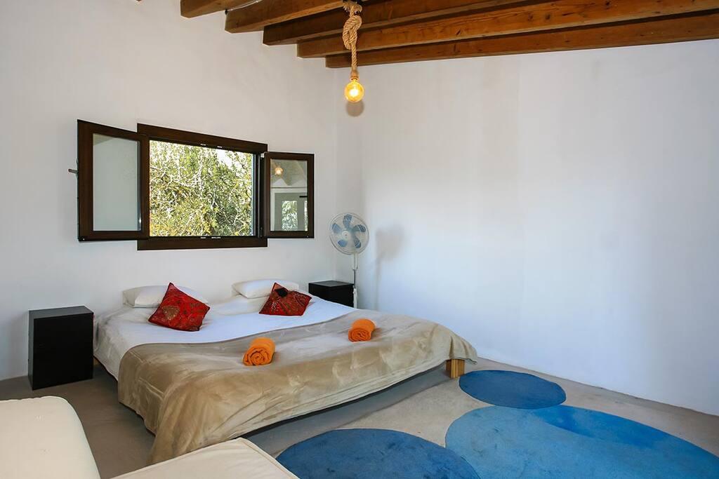 Room nº3 - King size bed
