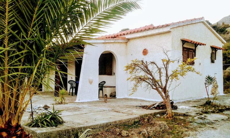 Wonderful Cretan Cottage in the best area of Crete - Rethimno - House