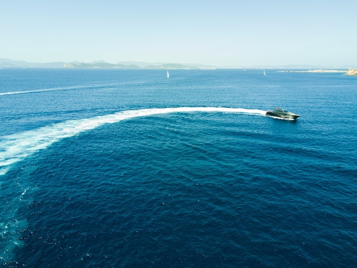Super Yacht Leopard 90ft