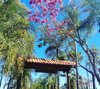 CHÁCARA SHANGRILÁ: Paraíso Encantado